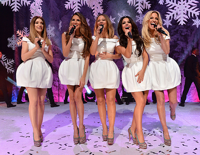 Girl's Aloud  on New Years Eve TOTP