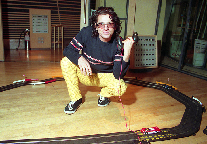 Michael Hutchence plays ScaeletrixPhoto by Mark Allan