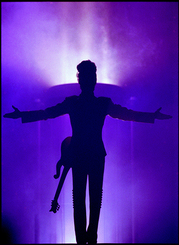 Prince on stage in Ghent 25 May 1992Photo by Mark Allan